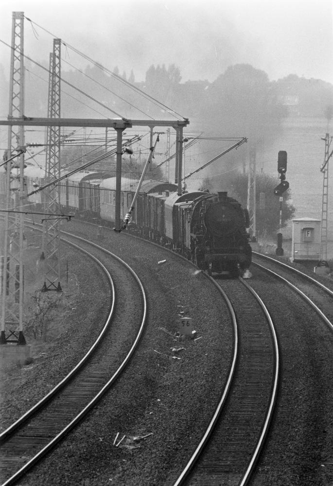 http://images.bahnstaben.de/HiFo/00071_Broitzem_1975/SW-1393.jpg