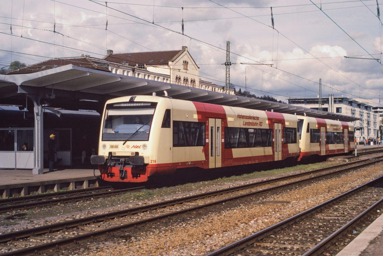 http://images.bahnstaben.de/HiFo/00085_EFZ_Tuebingen_1998/IMGP4528-LR.jpg